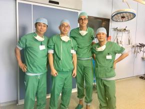 Japanse chirurgen bezoeken orthopedie