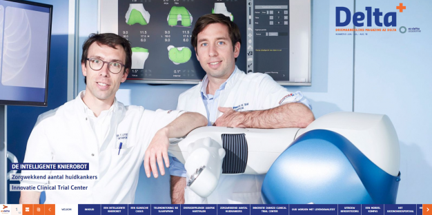Twee artsen bij knierobot