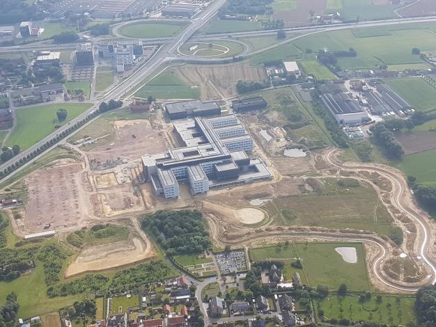 Foto van bouw nieuw ziekenhuis zomer 2016