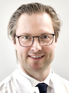 dr. Bert Vanmierlo